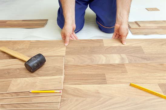 the pros and cons to laminate flooring The Pros and Cons to Laminate Flooring